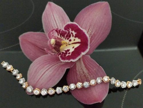Женский позолоченный браслет с  фианитами