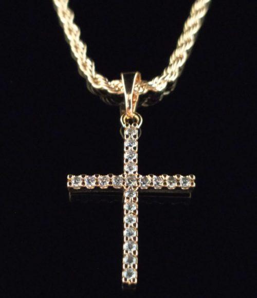 Крестик позолоченный  с фианитами и цепочкой