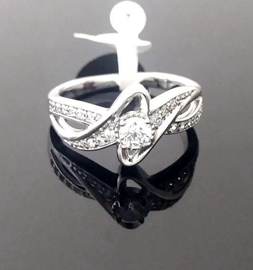 Женское  позолоченное кольцо