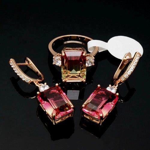 Женский позолоченный комплект с Рубином