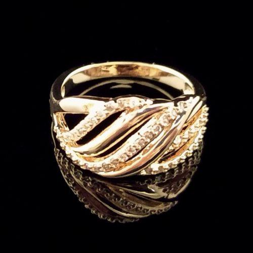 Женское кольцо позолоченное с фианитами