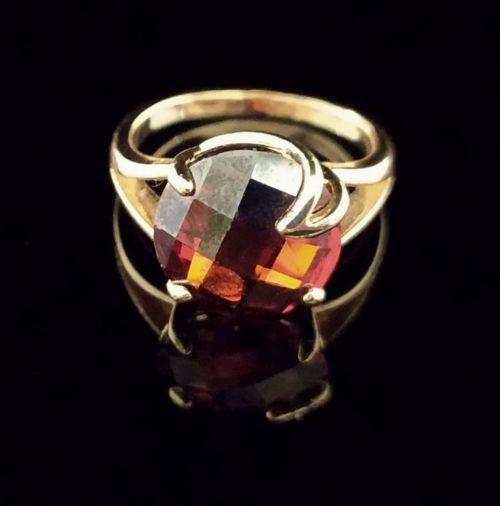 Женское позолоченное кольцо золото 585 пробы с рубином