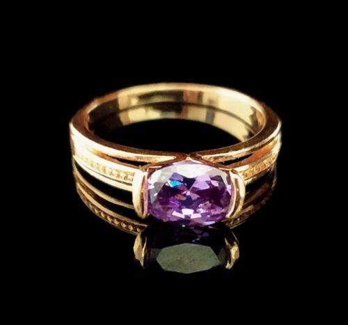 Kольцо позолоченное золото 585 пробы с сапфиром