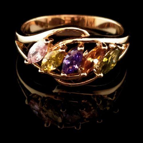 Kольцо позолоченное с самоцветами