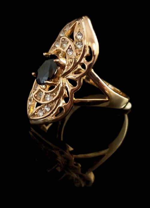 Кольцо позолоченное с фианитами и агатом