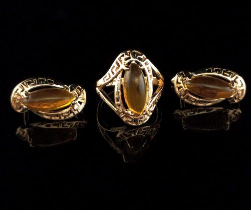 Комплект позолоченный серьги и  кольцо камень Янтарь